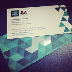 Cartões de visita JLA Arquitetura com a identidade visual criada pela Interativacom.
