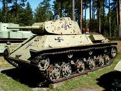 Soviet light Tank WW II at the Parola Tank museum, Finland Ww2 Tanks, Military Diorama, German Army, Armored Vehicles, Finland, Military Vehicles, Wwii, Image, Tractors
