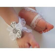 Resultado de imagen para pies descalzos para bebe bautizo