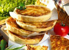 Appenzeller Käsetörtchen - mit Käse-Sahne-Ei-Füllung mit Zwiebeln - http://ichliebebacken.de/rezeptebox/sonstiges/appenzeller-kaesetoertchen
