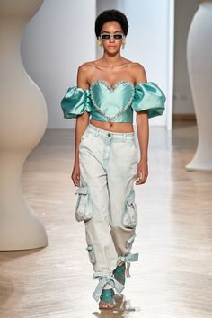 Apr 2020 - The complete Vivetta Spring 2020 Ready-to-Wear fashion show now on Vogue Runway. Vogue Fashion, Fashion Week, Fashion 2020, Daily Fashion, Boho Fashion, High Fashion, Fashion Outfits, Fashion Trends, Fashion Music