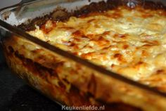 Macaroni ovenschotel met ham en kaas Pasta Recipes, Cooking Recipes, Healthy Recipes, Dutch Recipes, Chinese Food, Ham, Macaroni And Cheese, Good Food, Food And Drink