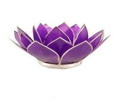 Porta candela fiore di loto viola. Realizzato con conchiglie Capiz,il viola simboleggia l'equilibrio (BL01200). Compra porta candele.