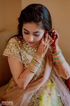 Without some creative bridal portraits, the photography session of the wedding cannot be complete. Here are the Most beautiful and unique bridal portraits ideas for weddings. #shaadisaga #indianwedding #bridalphotoshootposesindian #bridalphotoshootindian #bridalphotoshootpre #bridalphotoshootideas #bridalphotoshootveil #bridalportraitideas #bridalportraitposes #bridegettingready #bridegettingreadyideas #bridegettingreadyphotoshoot #bridegettingreadyposes Wedding Photographer Prices, Best Wedding Photographers, Bridal Portrait Poses, Red Wedding Decorations, Bridal Photoshoot, Bride Getting Ready, Wedding Story, Wedding Looks, Destination Wedding
