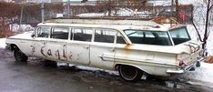 Classic limousine pictures before the Super-Stretch Era Vintage Cars, Antique Cars, Limousine Car, Car Station, Abandoned Cars, Automobile, Chevrolet Impala, Cool Cars, Weird Cars
