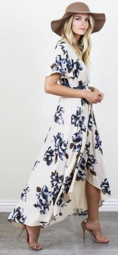 #spring #outfits Brown Hat & White Floral Maxi Dress