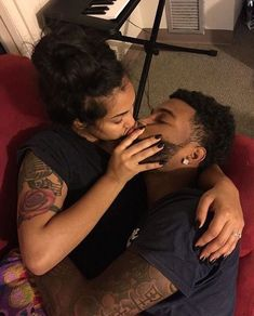 Everybody really wants to as happy as they possibly can be with their partner. Check out these 30 things couples may do to build and maintain a happier and healthier relationship. Dope Couples, Black Couples Goals, Cute Couples Goals, Couples In Love, Cute Black Couples, Mixed Couples, Couple Goals Relationships, Relationship Goals Pictures, Couple Relationship