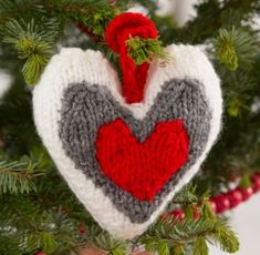 Spread the love with these amazing free heart knitting patterns. Knitting patterns for heart decorations, pillow, sachets and more! Knit Christmas Ornaments, Christmas Knitting, Cable Knitting Patterns, Free Knitting, Knit Slippers Free Pattern, Knitted Heart, Valentine's Day Crafts For Kids, Heart Ornament, Heart Decorations