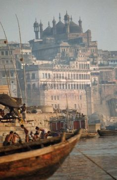The ghats of the holy city of Varanasi also known as Kashi or Banaras Oh The Places You'll Go, Places To Travel, Places To Visit, Jaisalmer, Udaipur, Namaste, Wonderful Places, Beautiful Places, Amazing India