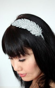 glittered feather headband.. hells yes i will be making this.. minus the sparkles lol