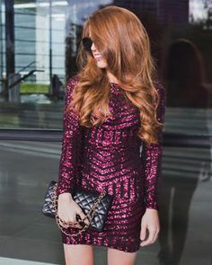 Dresses with sequins ideal to look striking How To Make Light, Party Fashion, Looking Gorgeous, Purple Dress, Sequin Dress, Elegant Dresses, Dress Making, Casual Looks, Leather Skirt