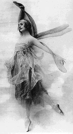 Anna Pavlova - 1910-1925 - Photo: SF Performing Arts Library and Museum