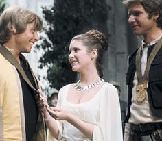 Planetoid valleys necklace worn by Princess Leia in the movie Star Wars (1977)