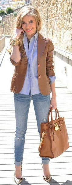 I have this similar bag and blazer too. I'll try this outfit.