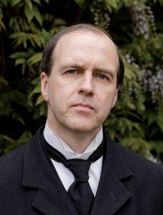 Molesley  Matthew Crawley's butler and valet  We love Molesley!