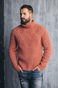 Ravelry: Hexagon sweater pattern by Andrey Zhilyaev Mens Knit Sweater Pattern, Mens Cable Knit Sweater, Mohair Sweater, Sweater Knitting Patterns, Men Sweater, Male Sweaters, Mens Fashion Sweaters, Sweater Fashion, Fashion Shirts