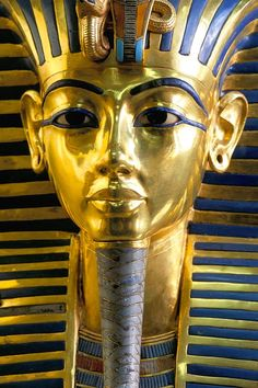 Gold mask of Tutankhamun, Egyptian Museum, Cairo, Egypt Old Egypt, Egypt Art, Cairo Egypt, Egyptian Symbols, Ancient Egyptian Art, Ancient History, Egyptian Kings, Historical Artifacts, Ancient Artifacts