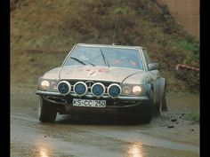 Old school rally Mercedes SLC