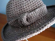 Die 19 Besten Bilder Von Häkeln Kopfbedeckung Garne Hut Häkeln