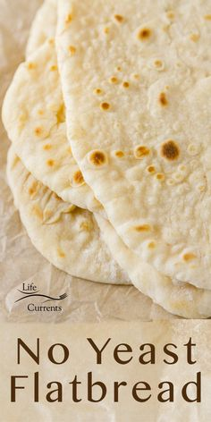 These simple No Yeast Flatbreads are a great staple item for making quick and easy homemade bread that requires no yeast. Best Bread Recipe, Quick Bread Recipes, Cooking Recipes, Quick Flat Bread Recipe, Bread Without Yeast, Yeast Free Breads, Homemade Pita Bread, Flatbread Recipes, Flatbread Recipe No Yeast