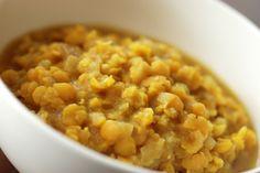 Ethiopian Split Pea Puree (Kik Alicha) recipe - use less turmeric next time, otherwise delicious