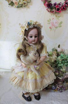 S&H 36cm doll
