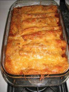 Easy Mexican Enchiladas recipe!  OH YEAH!  These were freakin' amazing! tortillaba tekerve, sütve