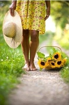 GAP Gardens - Barefoot woman wearing a flowery yellow dress holding a straw sunhat with a trug of Sunflowers on a rural path - Image No: 0260986 - Photo by Lee Avison Yellow And Brown, Mellow Yellow, Rain Fall Down, Witch Cottage, Yellow Moon, Sunflower Garden, Happy Flowers, Summer Flowers, Country Farm