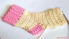 ДЕТСКИЕ НОСОЧКИ КРЮЧКОМ Fingerless Gloves, Arm Warmers, Crochet Baby, Socks, Dresses, Crochet Accessories, Wave, Over Knee Socks, Bebe