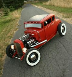 '32 ford five window