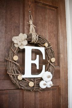 DIY fall wreath. This one turned out better than I imagined. I really love it!!