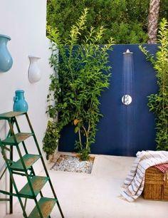 outdoor shower of a Spanish casa in Cadiz Outdoor Baths, Outdoor Bathrooms, Indoor Outdoor, Outdoor Decor, Outdoor Living Rooms, Outdoor Spaces, Outside Showers, Outdoor Showers, Garden Shower