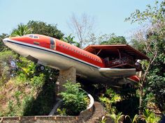 A great way to recycle old airplanes!