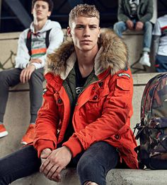 From basic tees and hangover sweat to campus-ready outerwear and practical bags, these 7 back-to-school fashion essentials should be in every university student's wardrobe Male Fashion, Fashion Models, Jacket Drawing, Back To School Fashion, Camo Patterns, Basic Tees, Fashion Essentials, Attractive Men, Fur Jacket