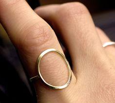 argent bague or cercle cercle anneau moderne par museglass sur Etsy, $35.00