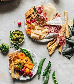 20 idées d'amuse-bouches pour en mettre plein la vue - ELLE.be Fit, Food And Drink, Menu, Cheese, Buffets, Motel, Cooking, Cocktail, Menu Board Design