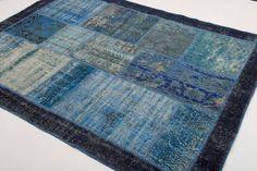 Beautiful Handmade Vintage Carpet / Rug , Free Shipping - 20000 punten