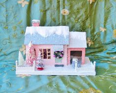 Cody Foster Christmas Cottage House Pink House with Car in Garage NEW 2015