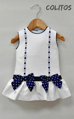 Baby Girl Dress Patterns, Doll Clothes Patterns, Little Girl Dresses, Baby Girl Frocks, Kids Frocks, Toddler Fashion, Kids Fashion, Smocked Baby Dresses, Baby Frocks Designs