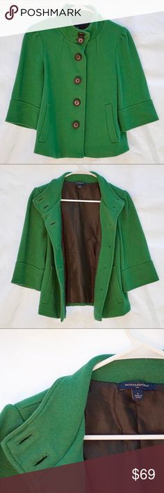 "Banana Republic Bright Green button jacket coat Very good condition Banana Republic green jacket coat. 2 pockets. Size S. 3/4 sleeve. Sleeve from armpit to the end of the sleeve - 9"". Armpit to armpit 17"". Length 22"". Approx. measures. Shell 100% cotton. Lining 100% polyester. Banana Republic Jackets & Coats Trench Coats"