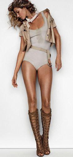 Gisele Bundchen -- 2015 Mario Testino, Cooler Look, Vogue Uk, Editorial Fashion, Vogue Covers, Fashion Models, Fashion Photography, Style, Safari Adventure