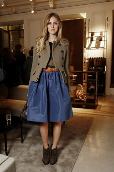 skirt, ankle boots. Mixing brown, blue, green, orange.