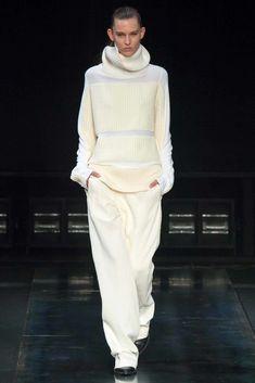 Helmut Lang Fall 2014 Ready-to-Wear Fashion Show - Caroline Davis