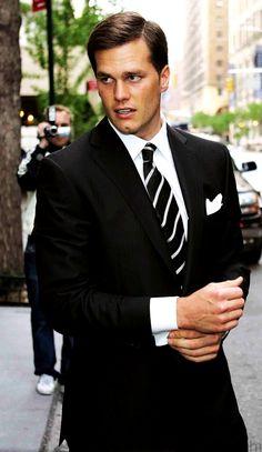 Tom Brady + suit = Swoon <3