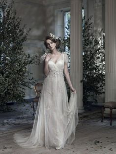 Wow Your Guests In A Dramatic Gown From Ian Stuart 2014 Wedding InspirationWedding Ideas40s