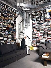 Karl Lagerfeld's book collection!