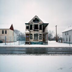 World Of Mysteries: One hundred crumbling houses that capture the downfall of Detroit