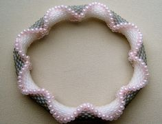 *P Bead Crochet Pattern: Crisscrossing Drops by WearableArtEmporium