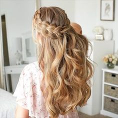 For today's tutorial I'm excited to be sharing this French & Lace Fishtail High Bun I r… in 2020 Braided Hairstyles Updo, Easy Hairstyles For Long Hair, Braids For Long Hair, Cute Hairstyles, Hairstyles For Women, Hair Down With Braid, Waterfall Braid With Curls, Office Hairstyles, Anime Hairstyles