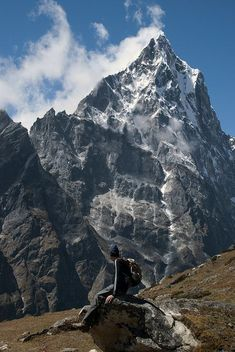 Nepal - Cholatse Peak Nepal Travel Honeymoon Backpack Backpacking Vacation South Asia Budget Off the Beaten Path Trekking Bucket List Winter Pictures, Cool Pictures, Beautiful World, Beautiful Places, Places To Travel, Places To Visit, Trekking, Adventure Travel, Nature Photography